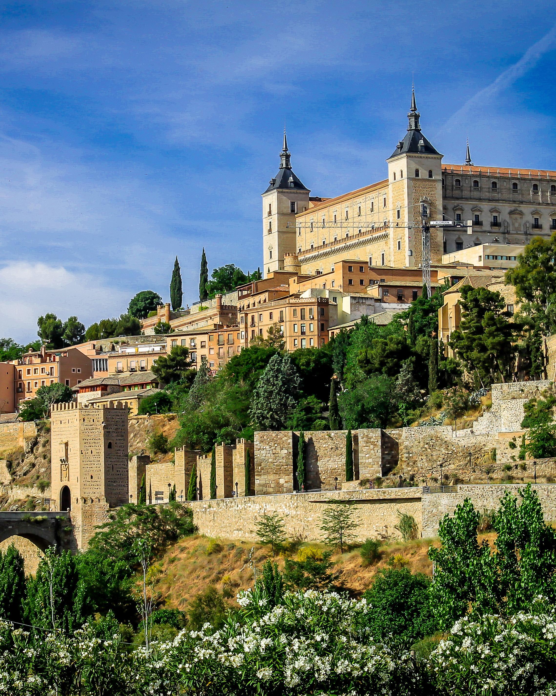 Майски празници в Испания на Портокаловия бряг
