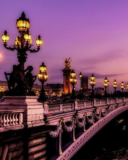 В романтичен Париж