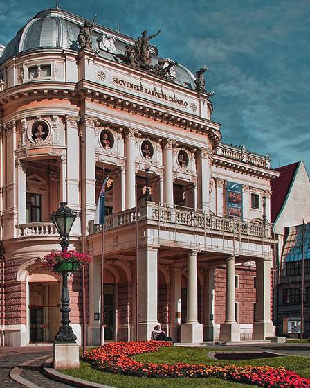 Братислава – в центъра на Европа