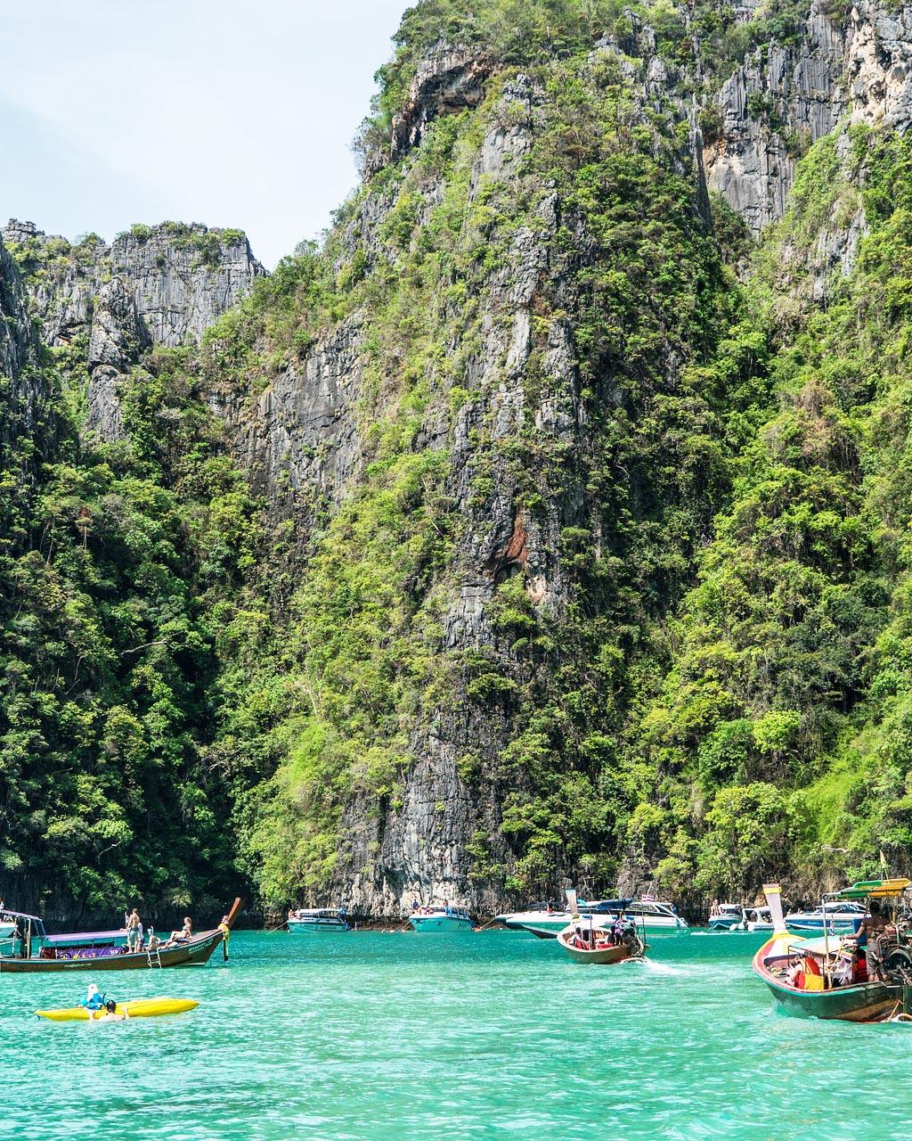 Тайланд: Посещение на Банкок и почивка на о-в Пукет